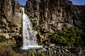 Taranaki Falls (by Pedro)